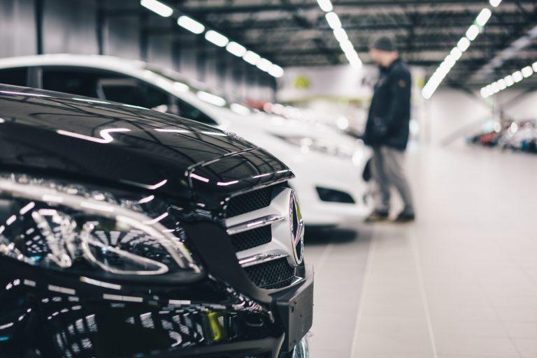 Mercedes-Benz oli huhtikuussa selvästi suosituin merkki Kamuxin verkkosivuilla
