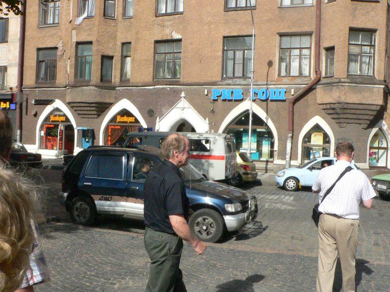 Rahoitusyhtiöiden omistamien autojen vienti Venäjälle jatkuu vakuudetta
