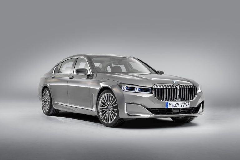 BMW julkisti uuden entistä pidemmän 7-sarjan sedan-mallin