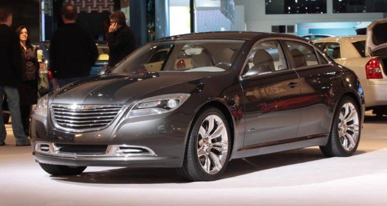 """Autotoday 10 vuotta sitten: """"Fiat ostaa 35 prosenttia Chrysleristä"""""""