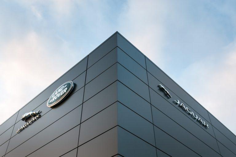 Jaguar Land Roverille uudet myymälät Helsinkiin ja Turkuun