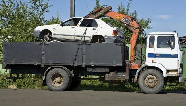 Autoala toivoo romutuspalkkiosta piristystä kierrätykseen palautuvien autojen määrään ja uusien autojen kauppaan
