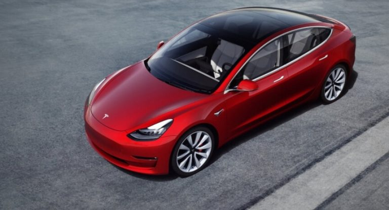 Tesla Model 3 on Ruotsin alkuvuoden suosituin sähköauto