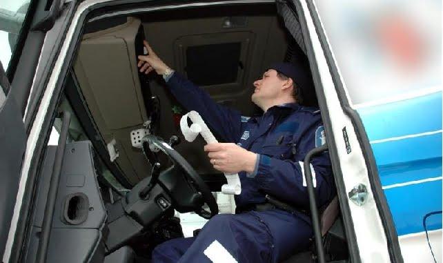 Poliisi moittii: Kainuussa kuljetusyrittäjät varoittavat muita ratsioista