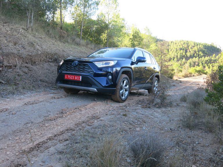 Toyota julkaisi RAV4-mallin tarkastuskampanjan