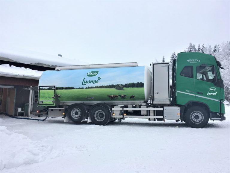 Suomessa otettu käyttöön biokaasulla kulkeva maidonkeräysauto
