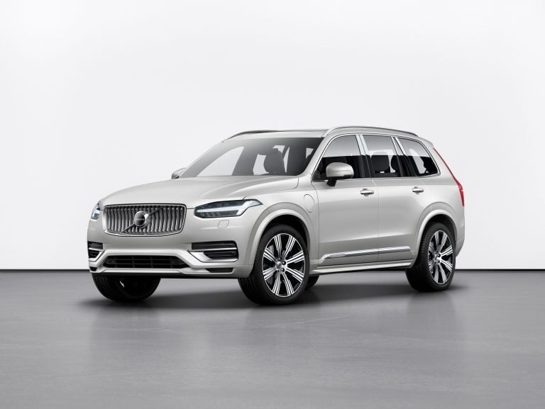 Volvon päivitetyssä XC90-mallissa on uusi voimansiirtoratkaisu— kineettinen energian talteenotto