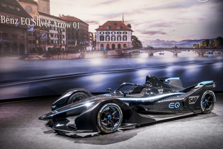 Formula E: Vandoorne ja de Vries ovat Mercedes-Benzin Formula E -tallin kuljettajat