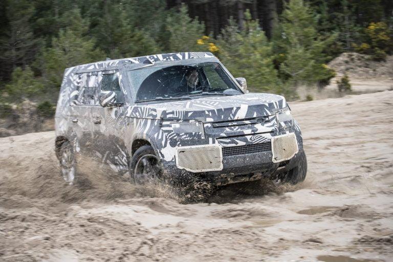 Uusi Land Rover Defender tulee vielä tänä vuonna — viimeistelytestit menossa