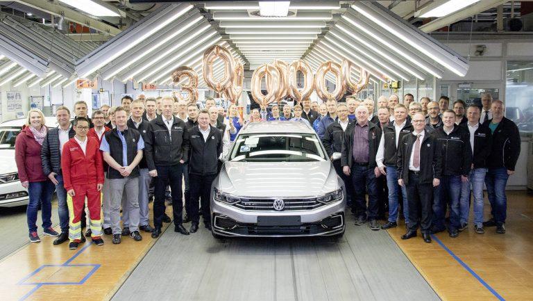 VW Passat teki uuden ennätyksen — nyt on valmistettu jo yli 30 miljoonaa!