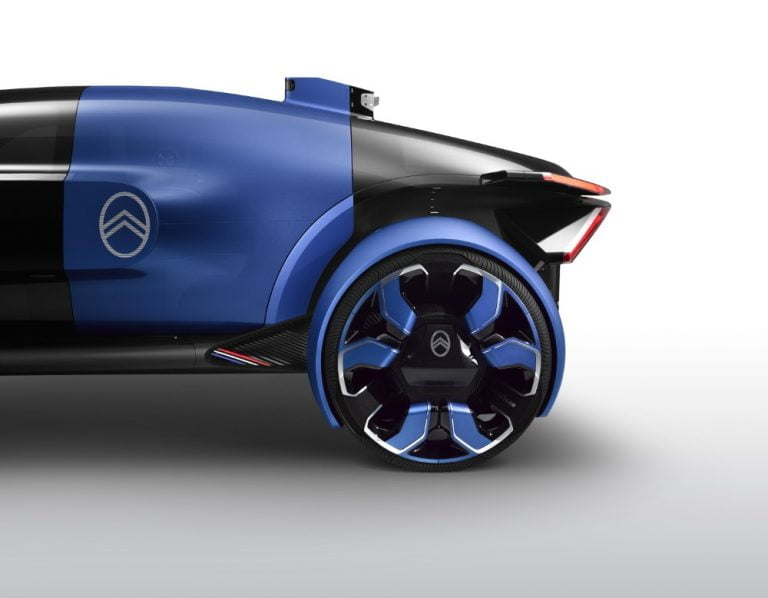 Citroënin uusin konseptiauto on saanut vaikutteita lentokoneesta