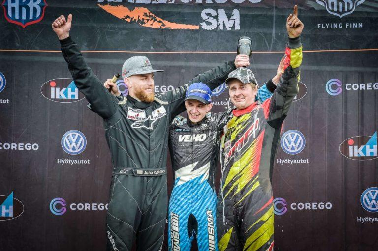 Rallicross: SM-kauden avauskisa Jalasjärvellä kärsi sateesta