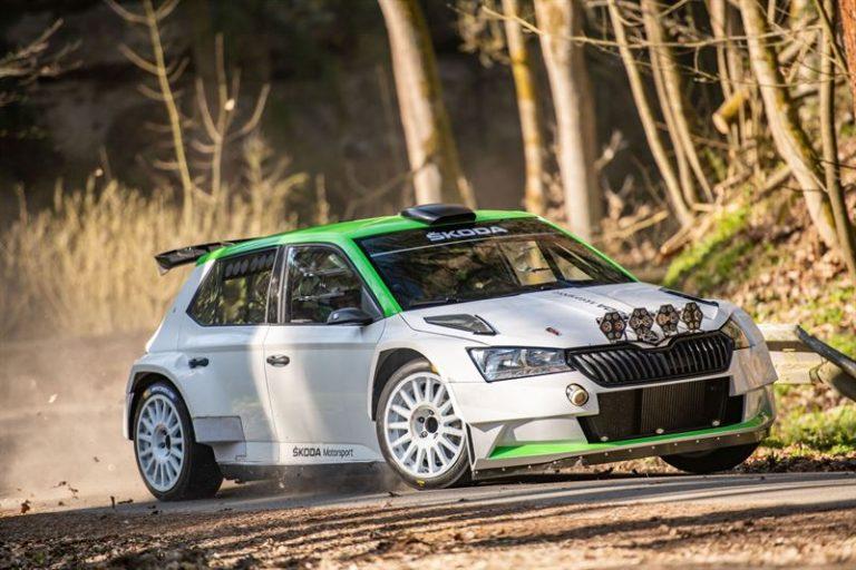 Uusi Škoda Fabia R5 on luokiteltu ja valmiina rallipoluille