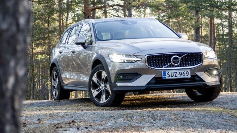 Katso tästä Ruotsin alkuvuoden sata suosituinta automallia