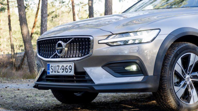 Näitä autoja Ruotsissa hankitaan — katso 200 suosituinta mallia