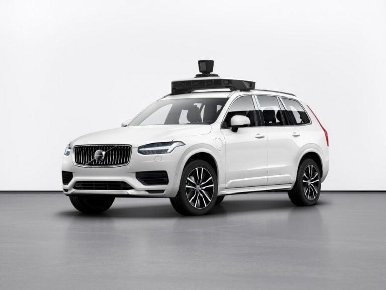 Volvon ensimmäinen autonomiseen ajamiseen suunniteltu tuotantoauto valmis