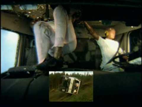 Kuorma-autoilija — katso tästä miksi Sinunkin kannattaa käyttää turvavyötä!