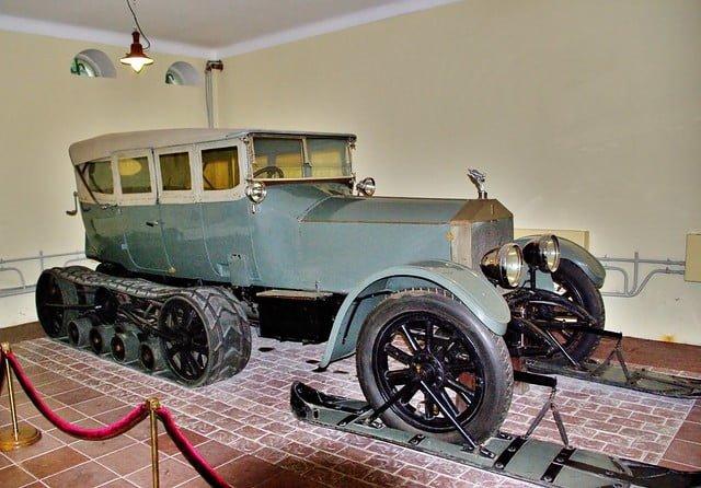 Historian havinaa: Leninin Rolls-Roycet