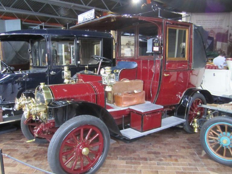 Päivän taksiauto: Ensimmäiset Lontoon taksit olivat ranskalaisia