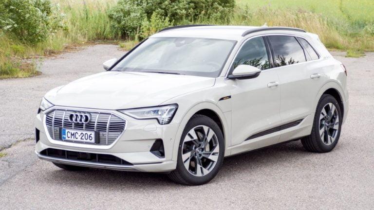Autotoday testasi: Audi e-tron — massa murheeksi toimintasäteelle ja ajettavuudelle