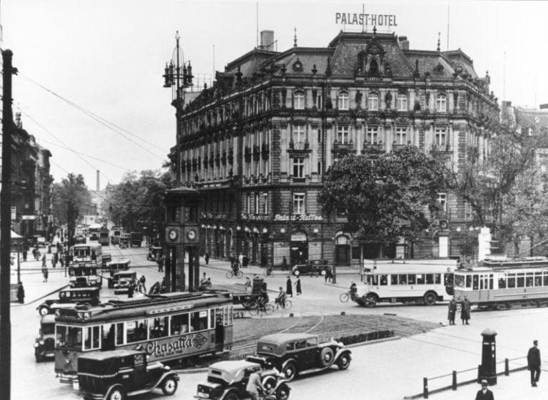"""Historian havinaa: 1920-luvulla keksittiin, miten autojen """"massat"""" hallitaan"""