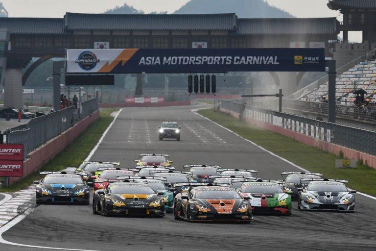 Lamborghini-sarja: Juuso Puhakka venyi kilpailukauden tärkeimpään voittoon Etelä-Koreassa