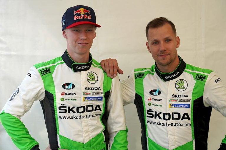 WRC: Rovanperä teki ajovirheen, juuttui ojaan muutamaksi minuutiksi