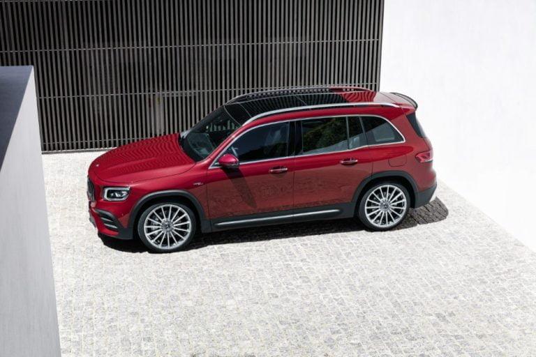 Mercedes-Benz GLB täydentää aukon GLA:n ja GLC:n välissä