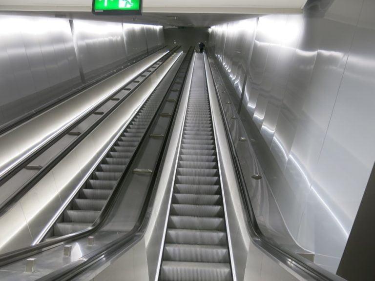 Rautatientorin metroasema pysyy suljettuna