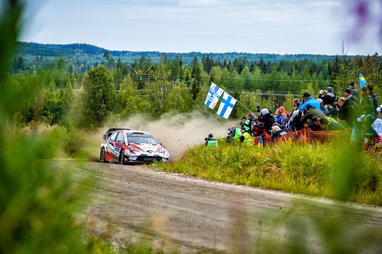 WRC: Harvinaista herkkua — kaksi suomalaista MM-rallin palkintopallilla