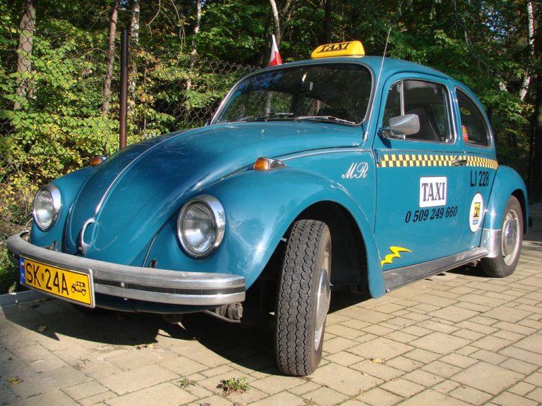 Päivän taksiauto: Eipä heti tule mieleen, että tällainenkin auto voi toimia taksina