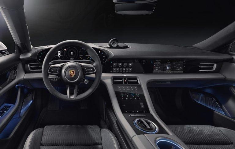 Porsche Taycan: Klassista muotoilua on lähdetty tulkitsemaan uudesta näkökulmasta