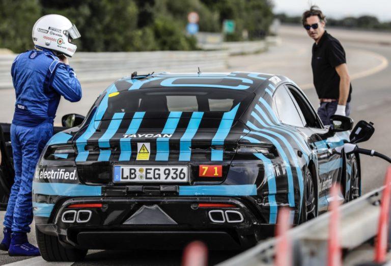 Porschen sähköautolla Taycanilla ajettiin 3 425 kilometriä 24 tunnissa