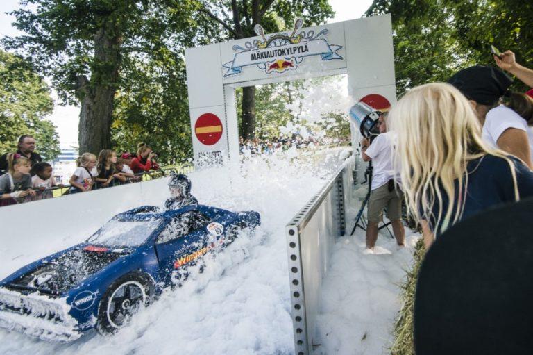 Helsingin mäkiautokisa voitettiin muskeliautolla