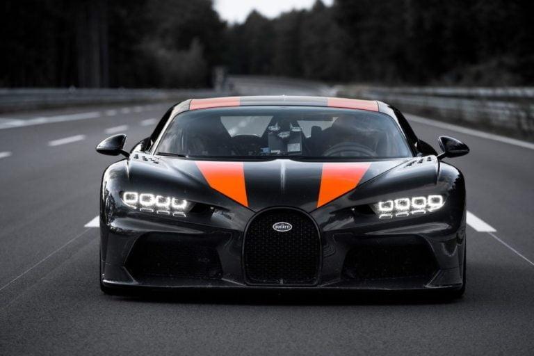 """Maailman nopein """"tuotantoauto"""" on nyt Bugatti Chiron — ensimmäinen auto yli maagisen rajan"""