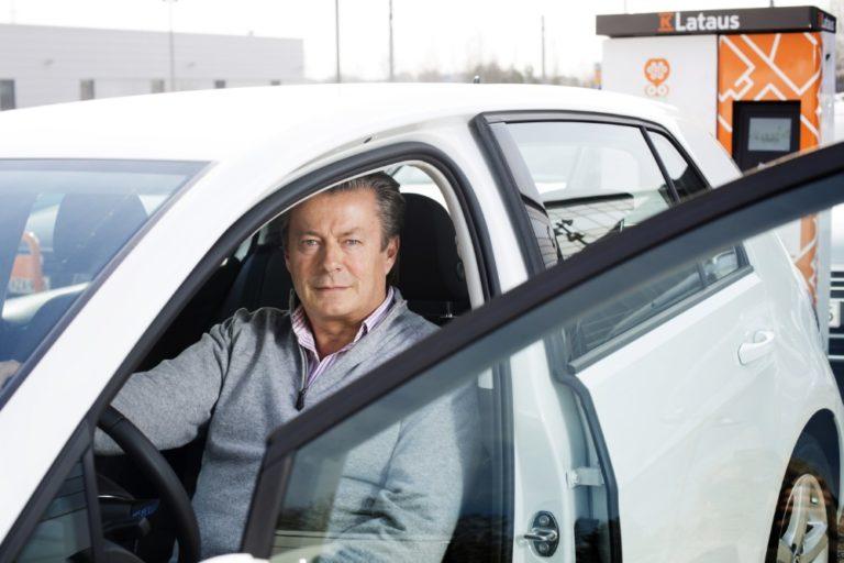 Automaahantuojan terveiset hallitukselle: K-Auto