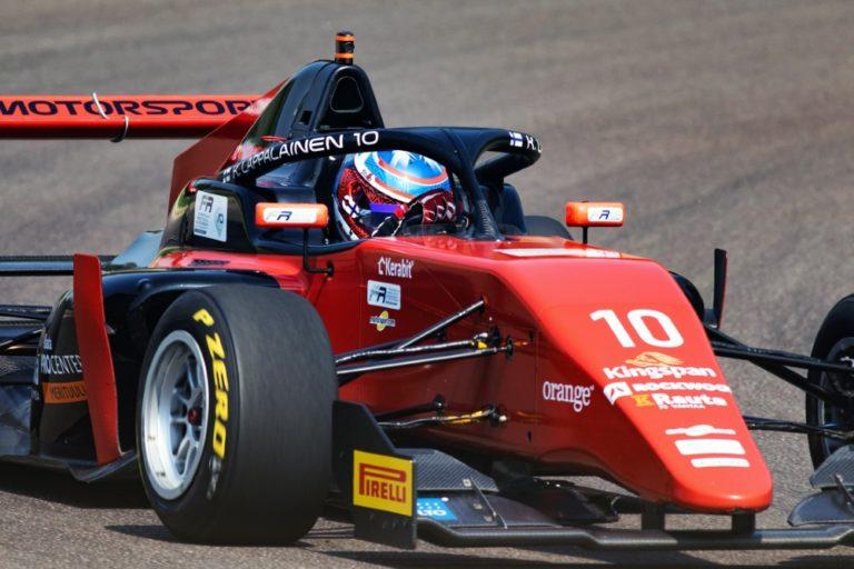 F3: Konsta Lappalainen ajoi Barcelonassa kärjen vauhdissa