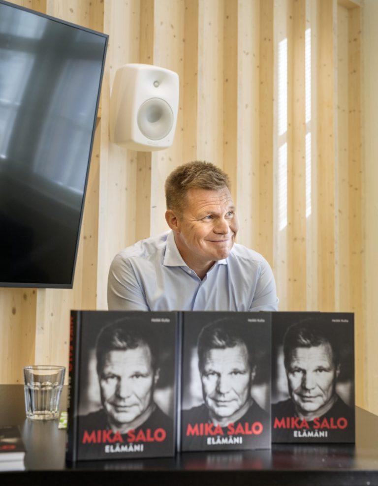 Entisen F1-kuljettajan Mika Salon elämästä ilmestynyt kirja