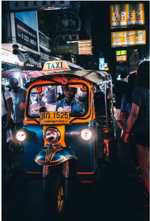 Päivän taksiauto: Thaimaalainen Tuk-tuk-taksi