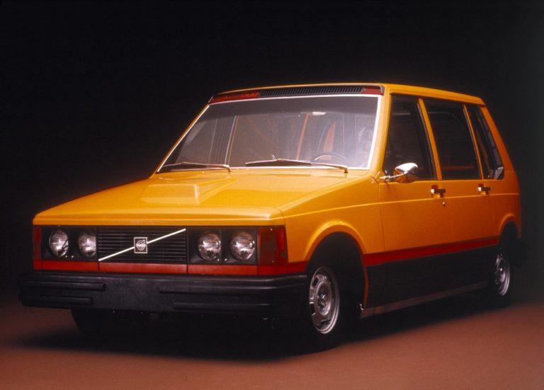 Päivän taksiauto: Volvon New Yorkin taksikilpailutukseen tehty erikoismalli Volvo Experimental Taxi