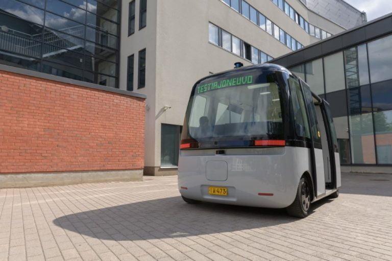 Suomalaiselle Sensible 4 -robottiautoyhtiölle miljoona dollaria