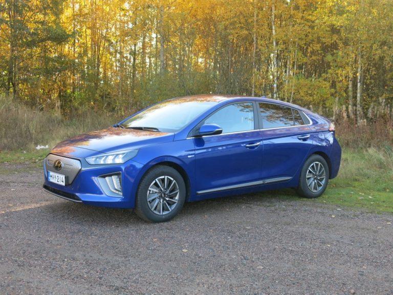 Hyundai Ioniq -perhe uudistuu — ensimmäiseksi tulee uusi sähköversio