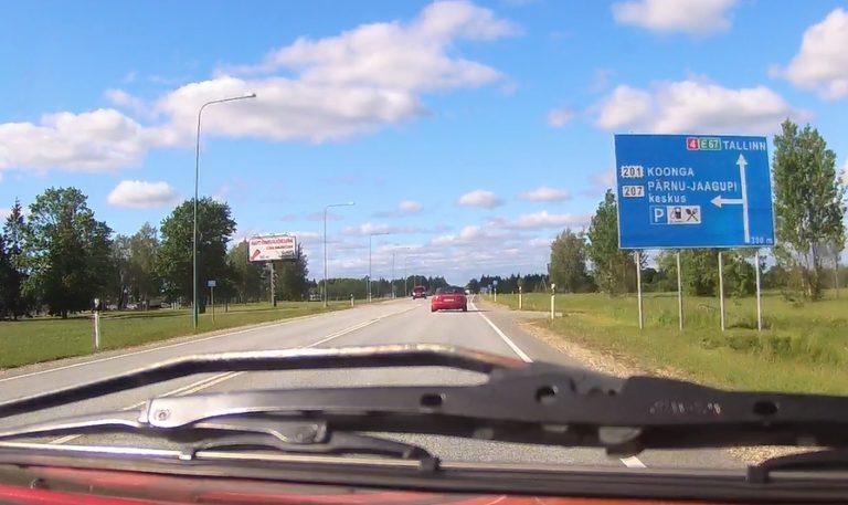 """HS: Viron poliisilla mielenkiintoinen kokeilu, pistetään kaahaaja """"jäähylle"""""""
