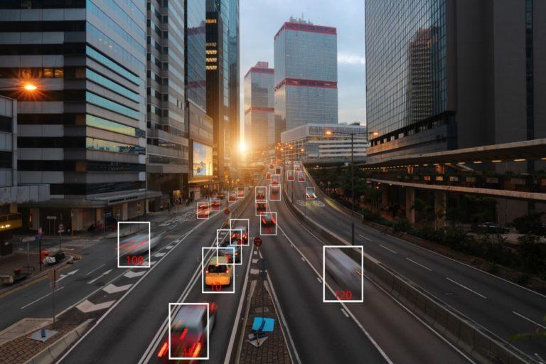 Laaja rintama haluaa ajoneuvojen tuottaman tiedon kaikkien alan toimijoiden käyttöön