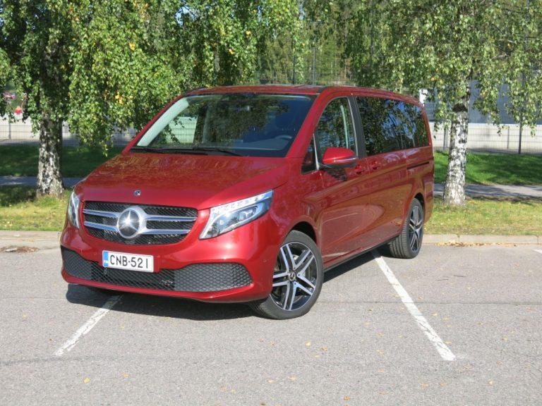 Mercedes-Benz-kanta on kymmenessä vuodessa kasvanut lähes 30 000 autolla