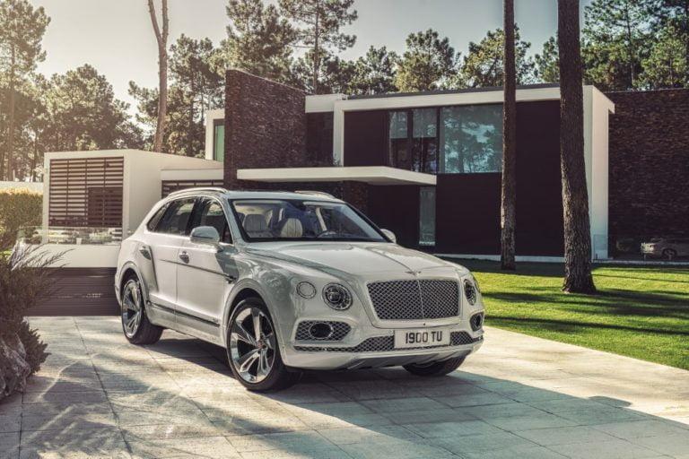 Suomen ensimmäinen Bentley-liike avattu