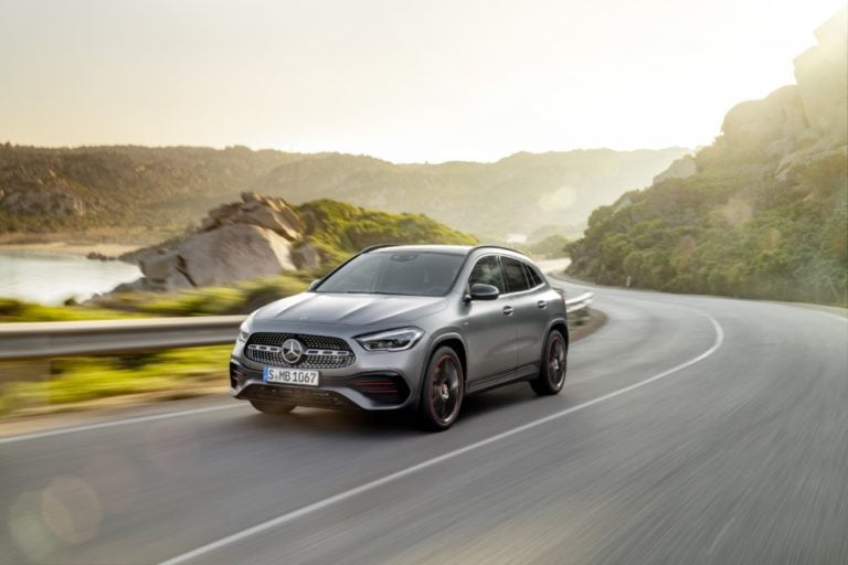 Uudistuneen Mercedes-Benz GLA:n hinnasto julkistettu