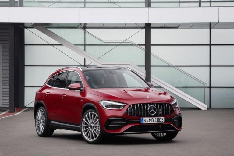 Mercedes-Benz julkisti uuden GLA-version — myyntiin ensi keväänä