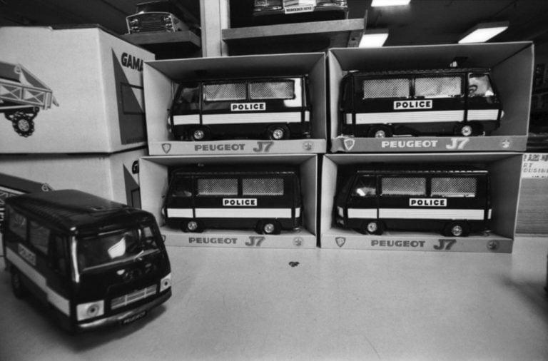 Päivän poliisiauto: Lasten poliisiautoja Stockmannin tavaratalon leluosastolla