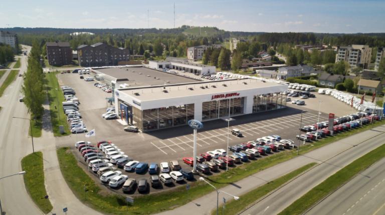 Autokauppaketju J. Rinta-Jouppi Oy kasvatti tuntuvasti automyyntiään viime vuonna